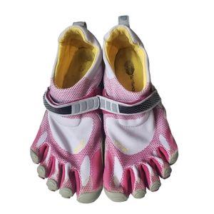 VIBRAM 5 Finger Training Shoes Size 39